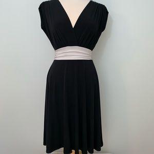 V neck cap ruched sleeve dress